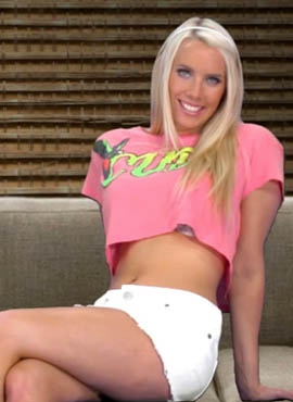 Adult games stripping Taylor Shay game